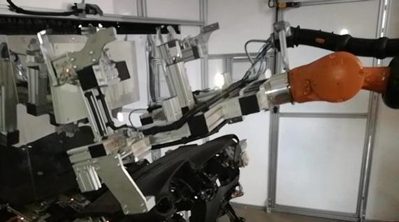 manipulador robot indutrial